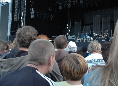 The crowd wait for the first band, Guillemots, to come on stage. Manchester (2008)