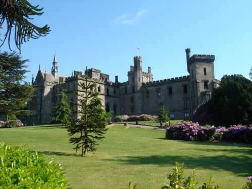 The castle where the queen of Alton Towers lives, Alton Towers (2006)