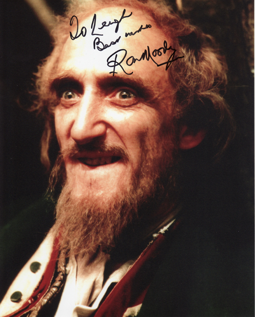 Ron Moody's autograph