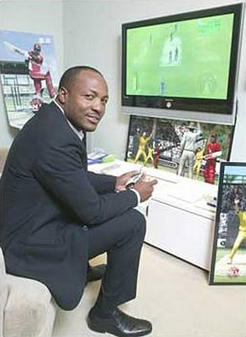 The man himself, Brian Lara, playing the game, taken from the Sun newspaper, UK (2007)